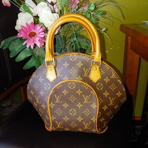 Authentic Louis Vuitton Eclipse PM